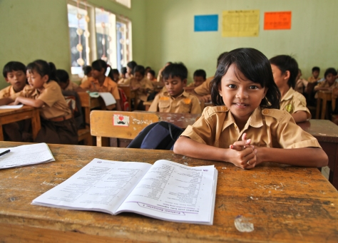 Beautiful children at Yayasan Dinamika Indonesia, the school on Bantar Gebang